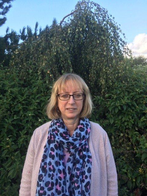 Amanda Hewitt, BSc (Hons), PGCE